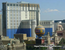 Planet Hollywood Vegas painted blue - wrongly!