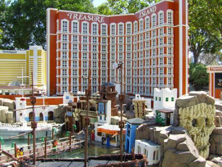 Treasure Island at Las Vegas MiniLand, courtesy of Lego