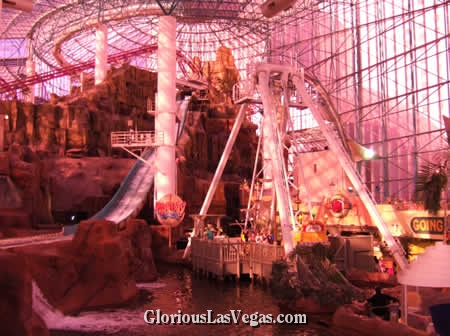 Circus Circus Adventuredome Theme Park showing Pirate Ship